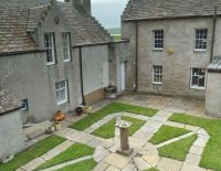 Courtyard off aparments